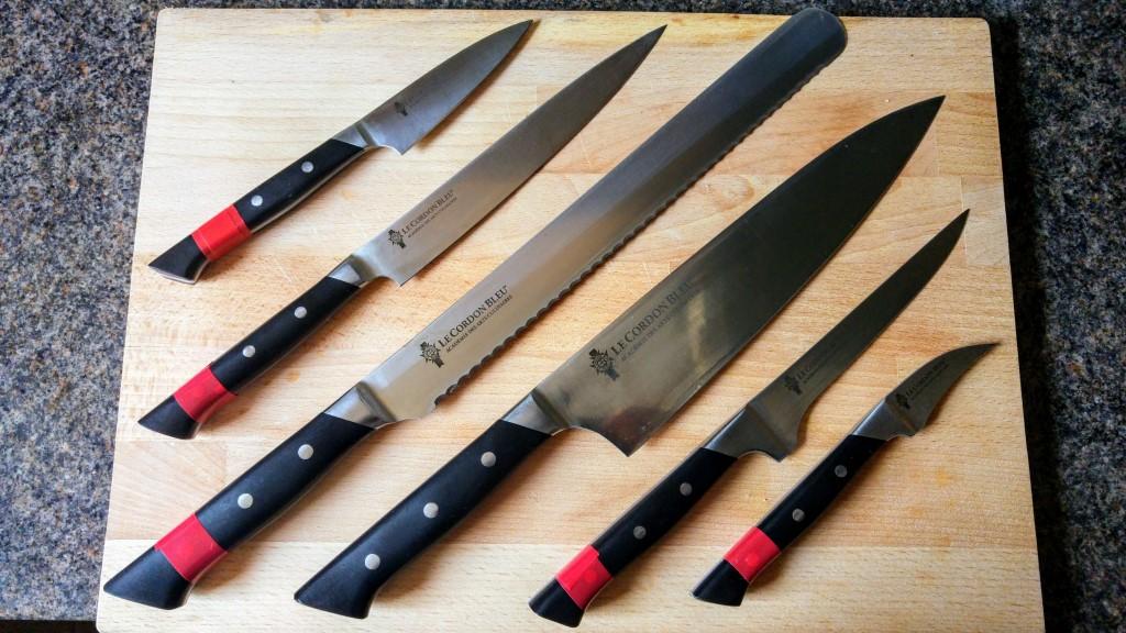 nože.jpg
